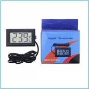 Цифровой электронный термометр с выносным датчиком